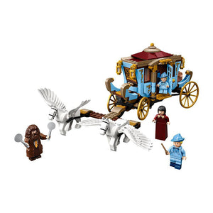 LEGO 75958 Beauxbatons' Carriage: Arrival at Hogwarts-The Curious Emporium