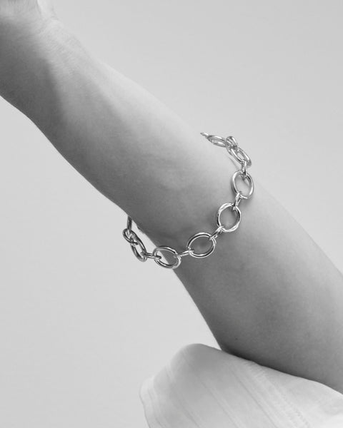 Load image into Gallery viewer, Chunky frozen chain bracelet
