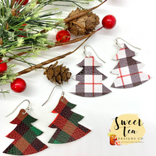 Load image into Gallery viewer, Plaid Christmas Tree Earrings