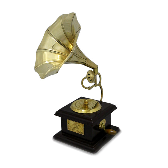 Beautifull Brass Colour Ethnic Gramophone Showpiece