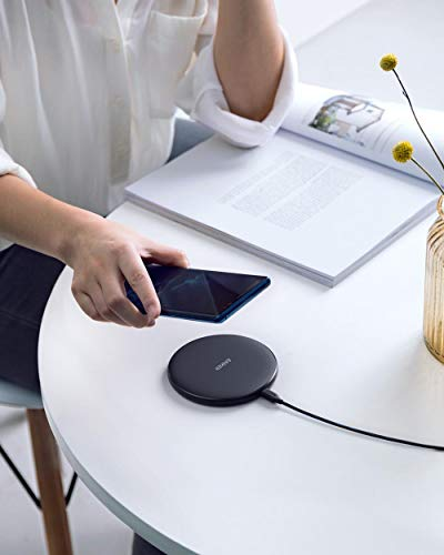 Anker Wireless Charger, 10W Qi-Certified