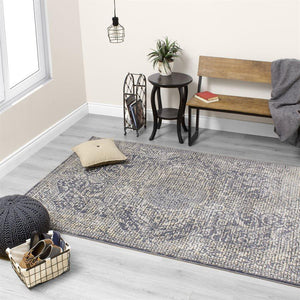Darcey Small Squares Traditional Rug