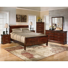 Load image into Gallery viewer, Alisdair Queen Sleigh Bed