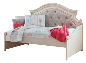 Realyn Twin Day Bed