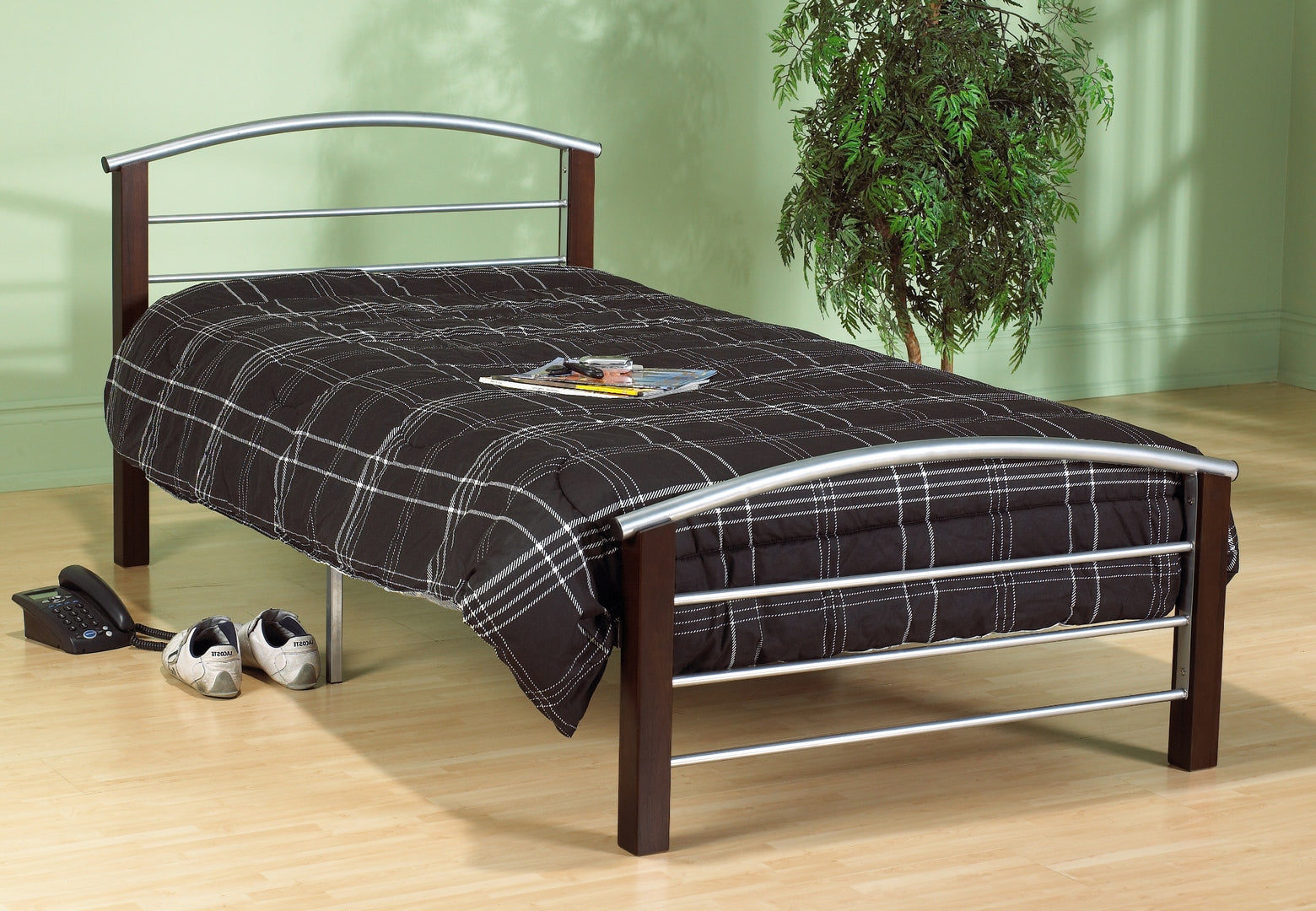 127 Metal Bed - Silver Metal and Dark Cherry Post