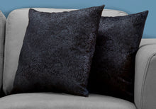 "Load image into Gallery viewer, I 9333 PILLOW - 18""X 18"" / BLACK FEATHERED VELVET / 2PCS"
