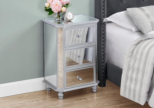 I 3732 ACCENT TABLE - 28