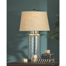 Load image into Gallery viewer, Sharmayne Glass Table Lamp (1/CN)