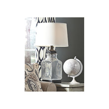 Load image into Gallery viewer, Sharolyn Glass Table Lamp (1/CN)