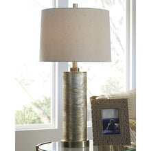Load image into Gallery viewer, Farrar Glass Table Lamp (1/CN)