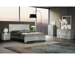 Latania Bedroom Collection