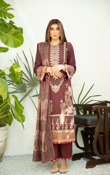 img_spotted_in_qalamkar_luxury_shawls_collection_awwal_boutique
