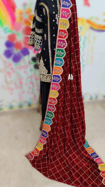 img_velvet_embroidered_shawl_collection_awwal_boutique