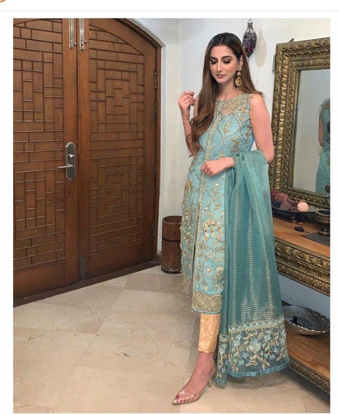 img_gulaal_zohra_wedding_edition_awwal_boutique