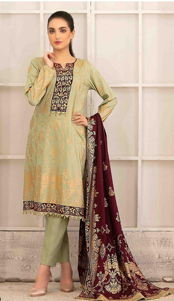 img_amna_sohail_by_tawakkal_lawn_gold_prints_awwal_boutique