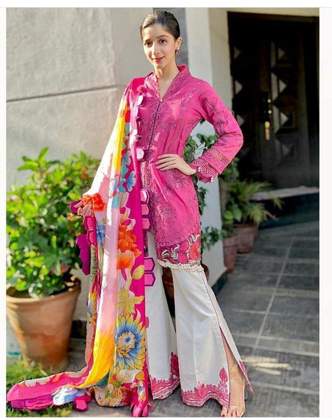 img_spotted_in_maryum_hussain_lawn_awwal_boutique