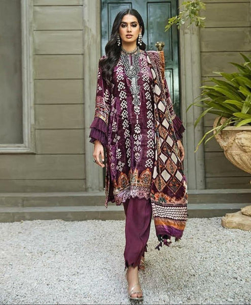 img_gul_ahmed_winter_pakistani_velvet_suits_awwal_boutique
