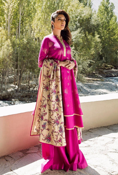 img_saira_rizwan_ittehad_winter_collection_awwal_boutique