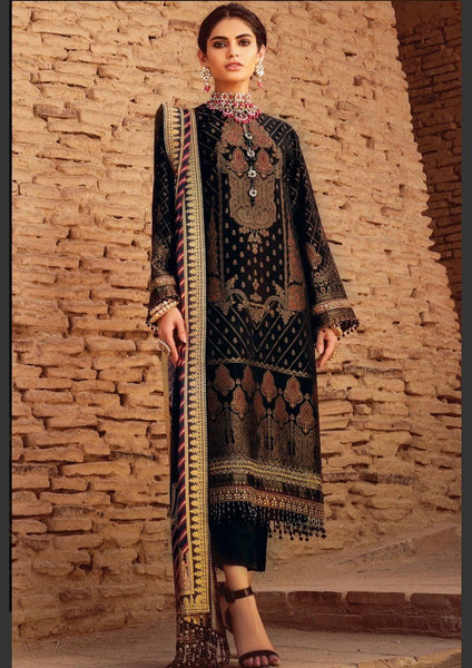 Al Karam/FC-06B-21-Black/3 Pc Embroidered Suit With Cotton Silk Dupatta