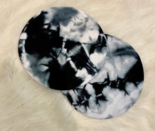"Load image into Gallery viewer, Marble Tie Dye ""cashmere"" berets"