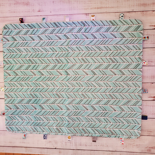 Lg. Taggy Blanket | Chevrons / Grey Minky