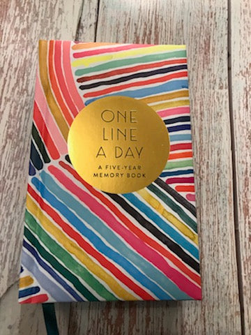 One line a day | A 5 Year Memory Book | Stripes