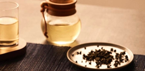 Oolong Tea Health Benefits | A Cup of Oolong Goes a Long Way