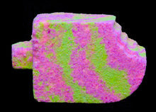 Load image into Gallery viewer, Lychee & Guava Sorbet Bath Bomb - Little Luxuries (Vic)