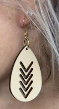 Load image into Gallery viewer, Oval V Wood Earring 1 7/8""