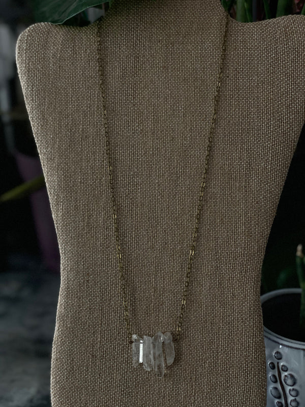 Simple Quartz Necklace