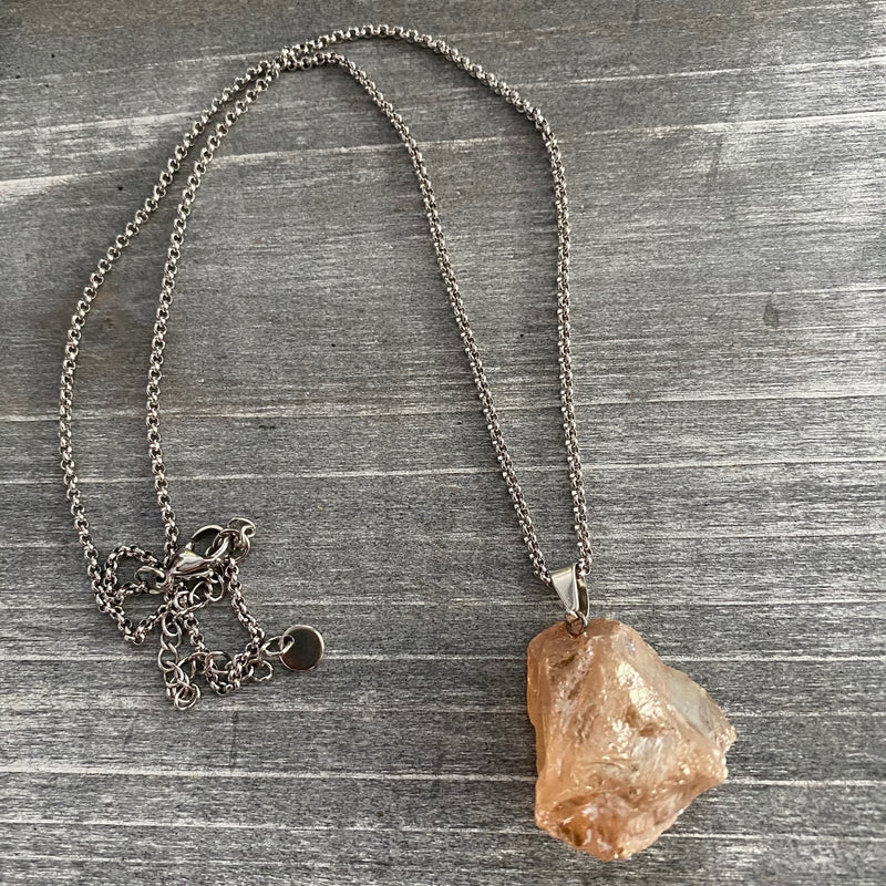 Raw Chunky Quartz Necklace