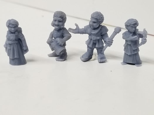 Dark Realms - Multi-Race Towns Folk - DR004 Series - Halflings Set