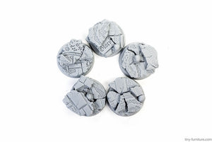 Tiny-Furniture #TF229-4 - Bases 25mm - Temple of Death - UNPAINTED