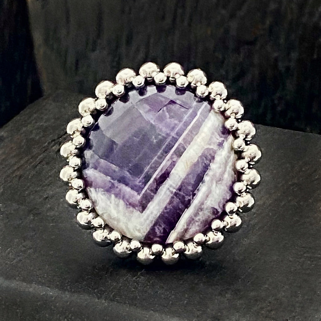 GEMSTONE Round Chevron Amethyst Ring: Size 7
