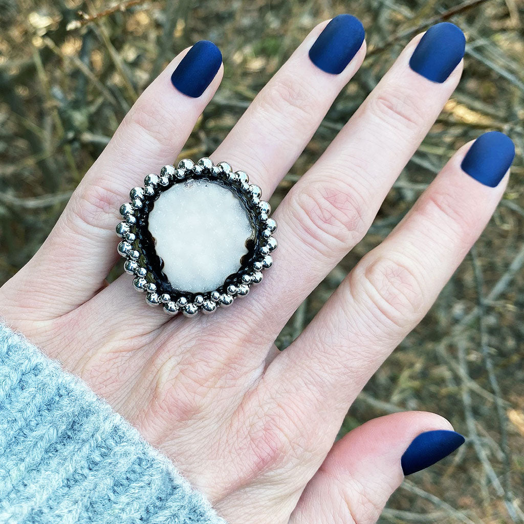 GEMSTONE Round White Druzy Ring: Size 8