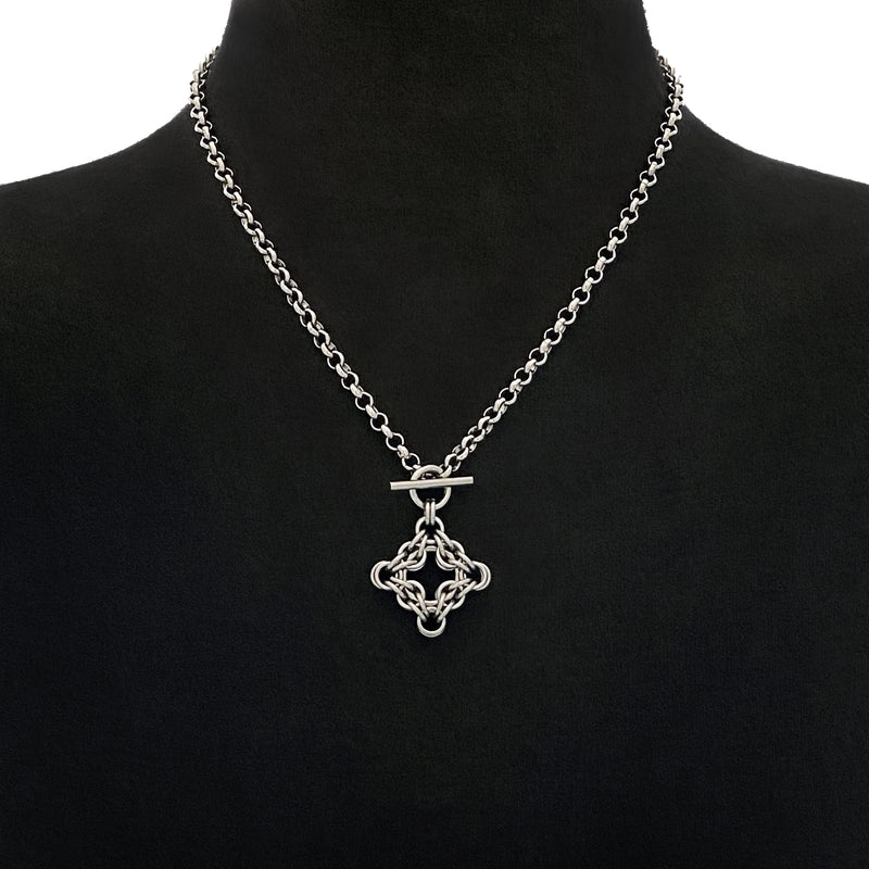 GOTHIC X-Small Diamond Toggle Pendant