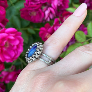 GEMSTONE Small Round Kyanite Ring: Size 5.5