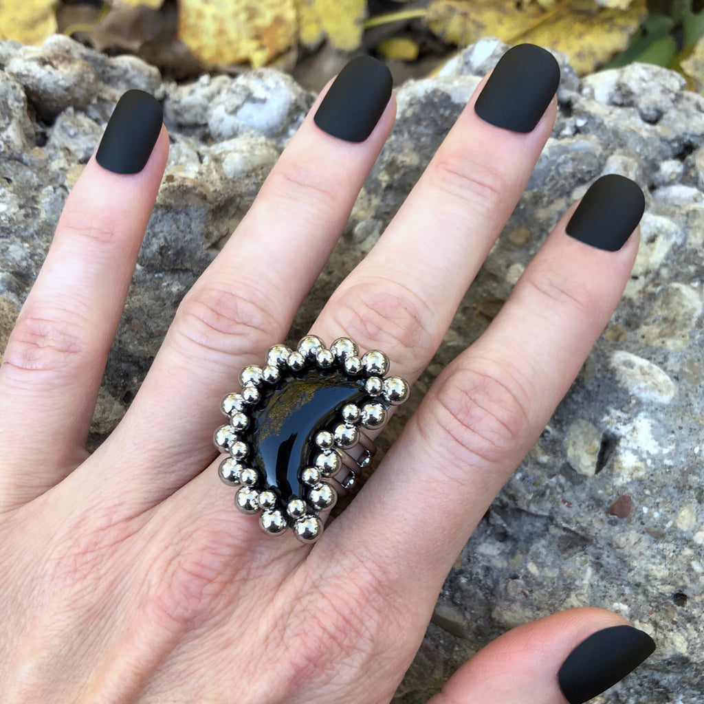 GEMSTONE Black Onyx Moon Ring: Size 9