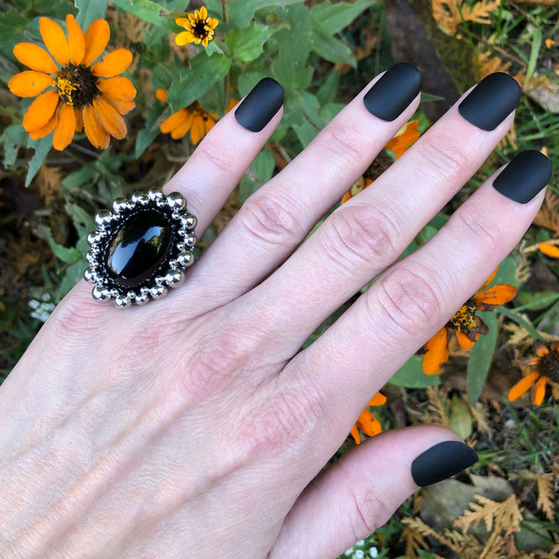 GEMSTONE Black Onyx Oval Ring: Size 6