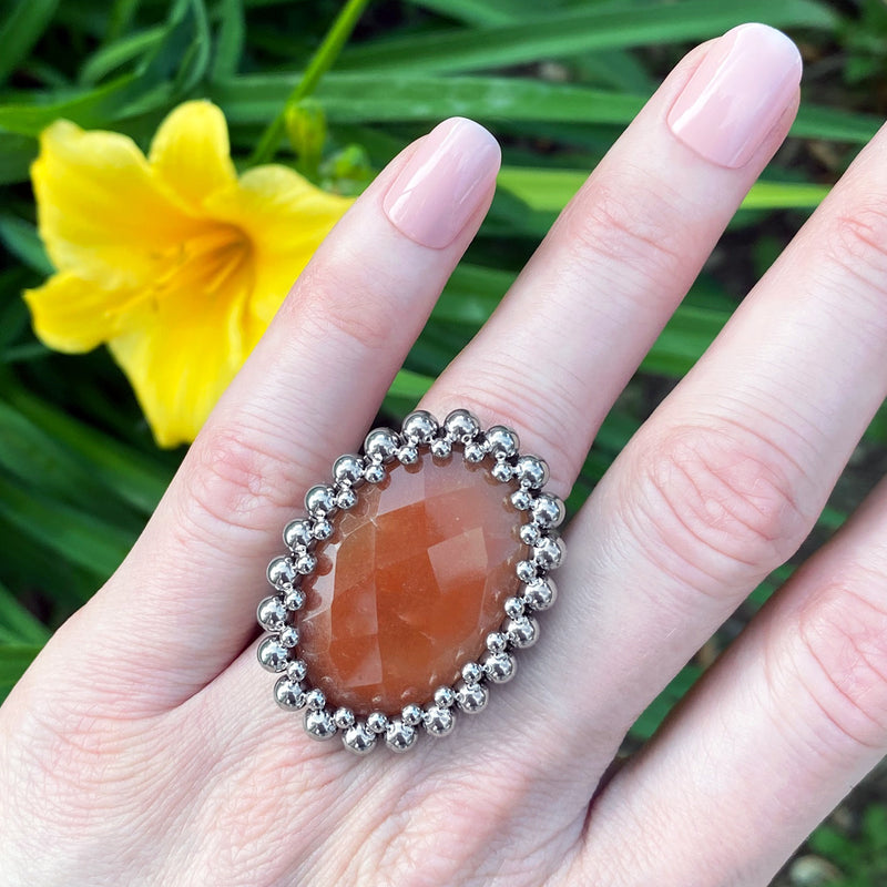 GEMSTONE Red Aventurine Oval Ring: Size 7.5