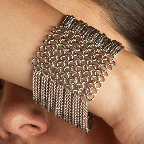 SLINKY 8-Row Sectioned Bracelet