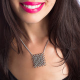 STRUCTURE Square Maille Pendant