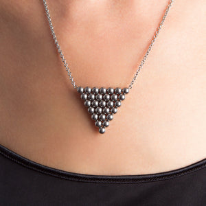 STRUCTURE Triangle Spheres Pendant