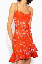 NICHOLAS Arielle Dress in Poppy Red Close-Up 01