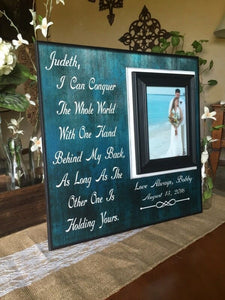 Gift to Bride From Groom ~ Groom to Bride ~ Bride & Groom Gift Exchange ~ Personalized Wedding Photos Frame ~ I Can Conquer The Whole World - MemoryScapes Personalized and Customized Picture Frame