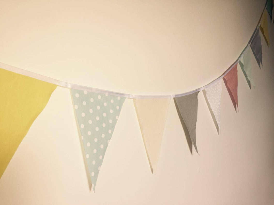 Bunting - 20mtr coloured - material