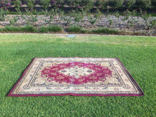 Red and beige rug - 120cm x 170cm