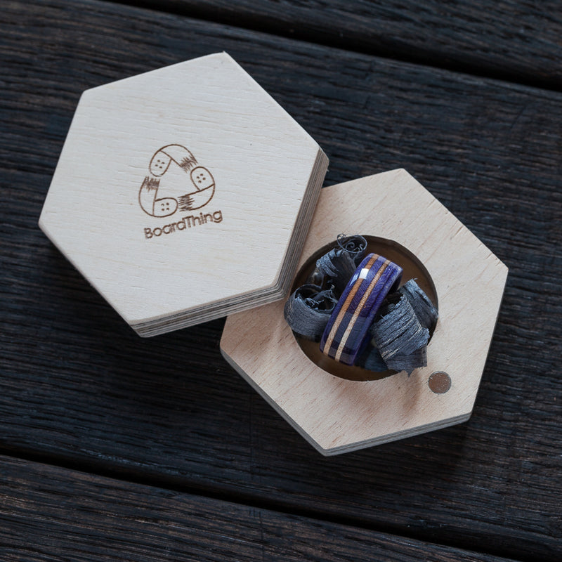 Skateboard ring - violet - wooden | Boardthing - BoardThing