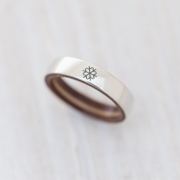Snowflake engraving on silver & wooden skateboard ring - BoardThing