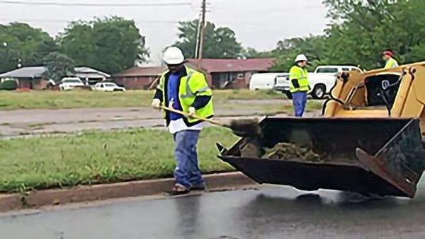 Stormwater: MS4s Stormwater Pollution Prevention: Parking Lots, Streets & Storm Drain System Cleaning - Training Network